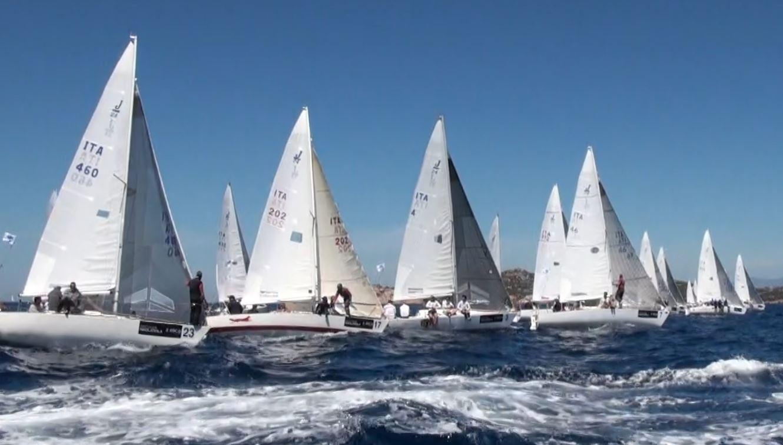 Il tricolore J24 nell'Arcipelago di La Maddalena
