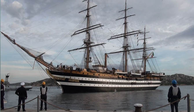 L'arrivo della Nave Amerigo Vespucci a La Maddalena