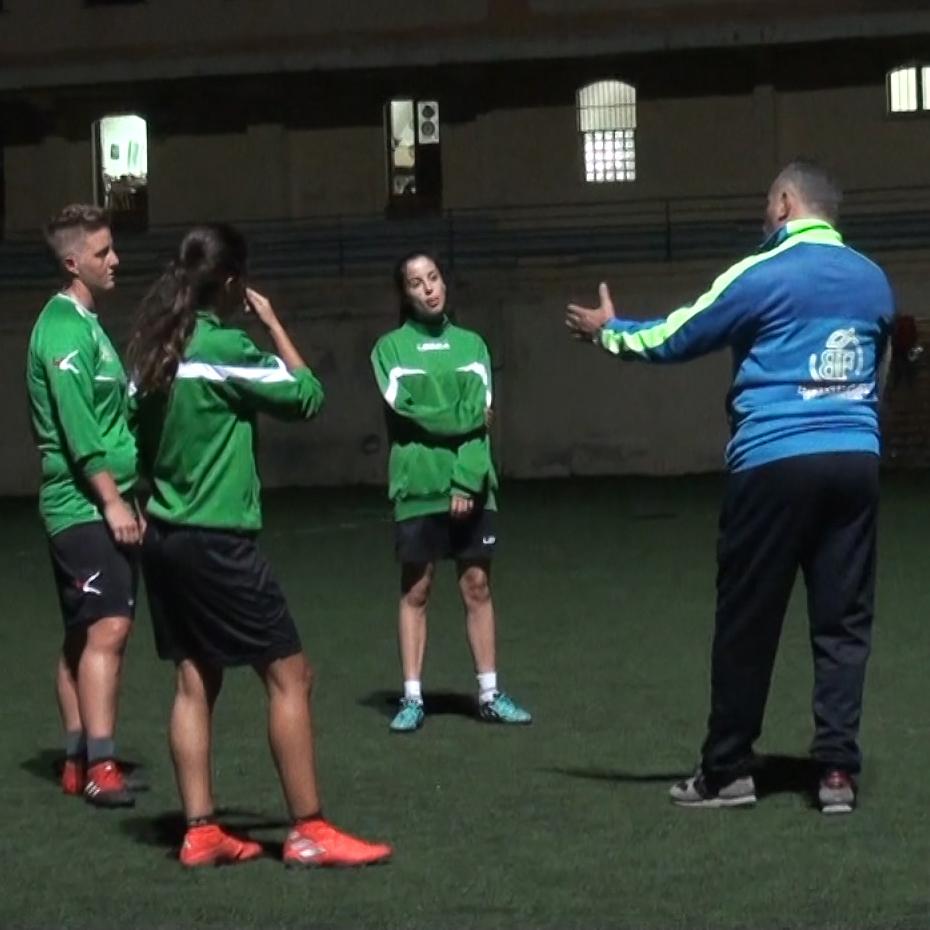 Il Caprera calcio femminile presenta il nuovo allenatore.